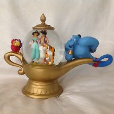 RARE Disney Aladdin GINNIE MAGIC LAMP Musical Figurine SnowGlobe-MIB