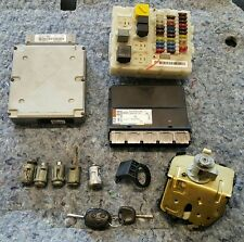 FORD FOCUS MK1 COMPLETE 1.8 PETROL ECU KIT / LOCK SET IGNITION KEY BONNET CATCH