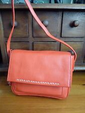 BEAUTIFUL SMALL RED CHILTERN CROSSBODY BAG BY RADLEY, LOVELY CONDITON, BNWOT