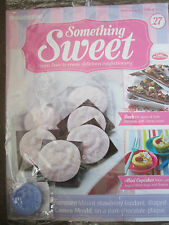 DEAGOSTINI SOMETHING SWEET MAGAZINE ISSUE 27 - WITH SILICONE ROSE CAMEO MOULD