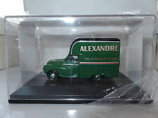 Oxford MM041 1/43 O Scale Morris Minor 1000 Gown Van Alexandre 50/- Taylor