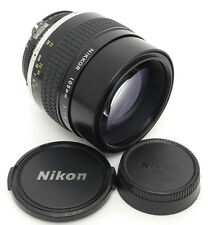 Nikon Nikkor Ai-s 105mm F1.8 MF Lens. Filter
