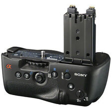 Sony VG-C77AM Vertical Battery Grip for a77, a77 II, and a99 II