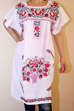 White Peasant Tunic Boho Hippie Hand Embroidered Mexican Above Knee Dress M