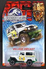 2015 Matchbox Jurassic World™ #6 1968 Toyota Land Cruiser (FJ40) WHITE/MOC