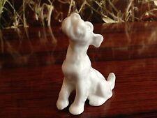 Porzellanmanufaktur REICHENBACH Terrier, feines weißes Porzellan