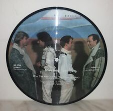 """7"""" 45 GIRI BOYS DON'T CRY - WHO THE AM DAM DO YOU THINK YOU AM? - PICTURE DISC"""
