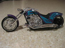 IRON CHOPPER MOTORCYCLE DIE CAST 1:18 SCALE WORKING STEERING FREEWHEELING PURPLE
