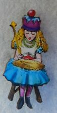 Alice in Wonderland Queen Alice Brooch or Scarf Pin Accessories Fashion Wood NEW