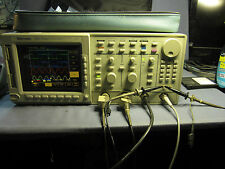 TEKTRONIX TDS 754A 500Mhz 2GS/s Digitizing Oscilloscope Options 13 1F 1M 2F