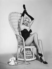 DIANA DORS 8x10 PHOTO