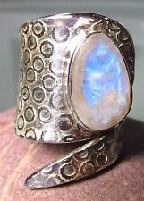 Sterling silver coiled faceted rainbow moonstone ring UK M/US 6.5