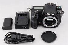 """""""3490 Shots""""【Near MINT】PENTAX Pentax K-5 16.3 MP Digital Camera Black from Japan"""