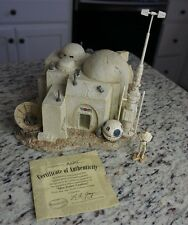 Mos Eisley Cantina w Luke Star Wars HAWTHORNE Galactic Village Collection COA
