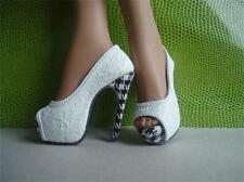 """shoes for 22""""Tonner American Model doll  22-0021"""