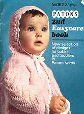 Los patrones de tejido: 23 patrones de bebés y niños pequeños/Patrones De Ropa De Bebé