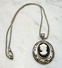 VINTAGE JEZLAINE SIGNED PIERCED STERLING SILVER CAMEO PENDANT NECKLACE ITALY