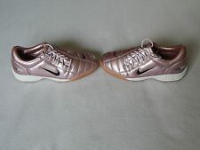 NIKE TOTAL 90 III WOMENS GIRLS FOOTBALL ASTRO TURF TRAINERS SHOES UK 4 EURO 37.5