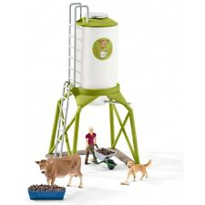Schleich Farm World 41429 - Futtersilo m. Kuh, Bäuerin, Hund + Zubehör - Neu OVP