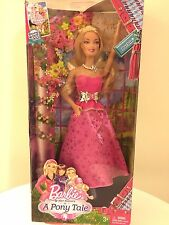 New In Box Barbie & Sisters in A Pony Tale Doll ��