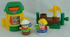 Fisher Price Little People Zoo Stand/Ticket Booth & Keeper Water Pump Boy Figure