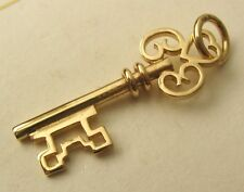 SOLID  9K  9ct YELLOW GOLD  3D LARGE  VINTAGE  KEY CHARM/PENDANT