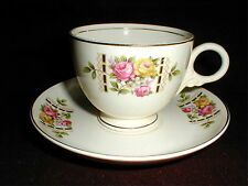 Homer Laughlin Nautilus Cunningham & Pickett COLONIAL Cup and Saucer EXC