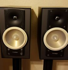 Paradigm Mini v.5 audiophile monitor speakers, one pair.