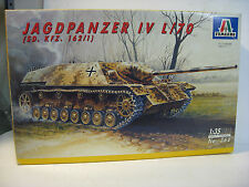 Italeri 1/35 WW II German Jagdpanzer IV L / 70 Tank Destroyer Model Tank Kit