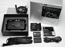 Leica M9, black, boxed, new sensor