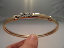 195F VINTAGE LADIES 9CT GOLD 0.15 CARAT SI1/H DIAMOND BANGLE