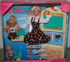 TEACHER BARBIE WITH TWO STUDENTS AND CHALKBOARD WITH DESKS