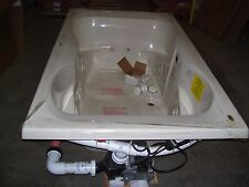 Jacuzzi H522-958 Mito 6 Whirlpool Bath  Almond  Bathtub