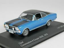 WhiteBox Opel Commodore A Coupe GS/E 1970 met.-blau/schwarz 1:43 (WB057)