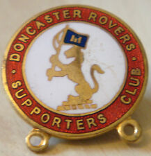 DONCASTER ROVERS Vintage SUPPORTERS CLUB Badge Brooch pin In gilt 23mm x 24mm