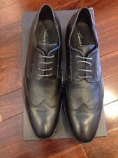 Kenneth Cole T-Oil Away Wingtip Oxford; Black; Size: 8.5M 8.5D Leather