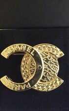 AUTHENTIC NWT CHANEL 16B PIN BROOCH GOLD CC LOGO VINTAGE STYLE RARE