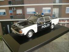 1/43 C IXO VOLVO 244 NORWAY POLICE POLICIA NORUEGA