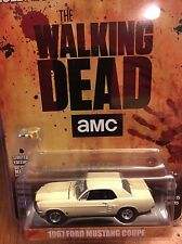Greenlight  HOLLYWOOD The Walking Dead  1967 Ford Mustang Coupe