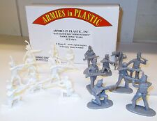 Armies in Plastic 5671 - Napoleonic Wars, 8 German Legion & 10 French Army  1/32
