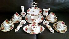 22 Piece Royal Albert Old Country Roses English Bone China Service & Ornaments