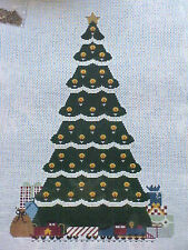 Needlepoint Canvas Hand Stitch Painted 18 Ct WE Mono Christmas Tree with Charms