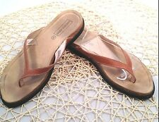 SAKS 5TH AVENUE SHOE FIFTH BROWN LEATHER FLIP FLOPS THONGS SANDALS SIZE 8 M