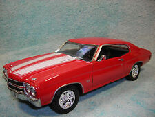 1/18 1970 CHEVY CHEVELLE SS454 IN REDWHITE STRIPE BY WELLY NO BOX.
