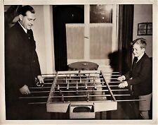 photo Juan Carlos king Spain & father play table football soccer babyfoot 1948