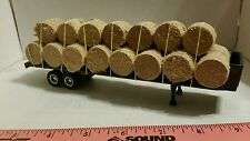 1/64 ERTL custom farm toy flatbed semi trailer w/ 23 round corn stalk bales