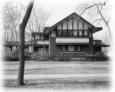 Prairie Style home plans by Walter Burley Griffin, 5 bedrooms, brick & wood