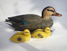 Schwimmende Entenfamilie Sophie für den Gartenteich - Ente + 2 Entenküken