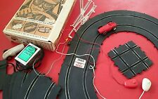 """Eldon Indianapolis """"8"""" Road Race 1/32 Slot Car Set #9814 with two cars"""