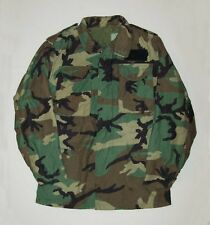 nice vtg FIELD JACKET Post Vietnam War era M-65 small long camo US Army Military